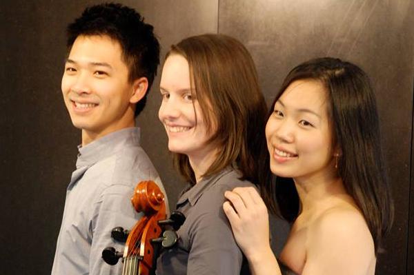 Trio Prisma